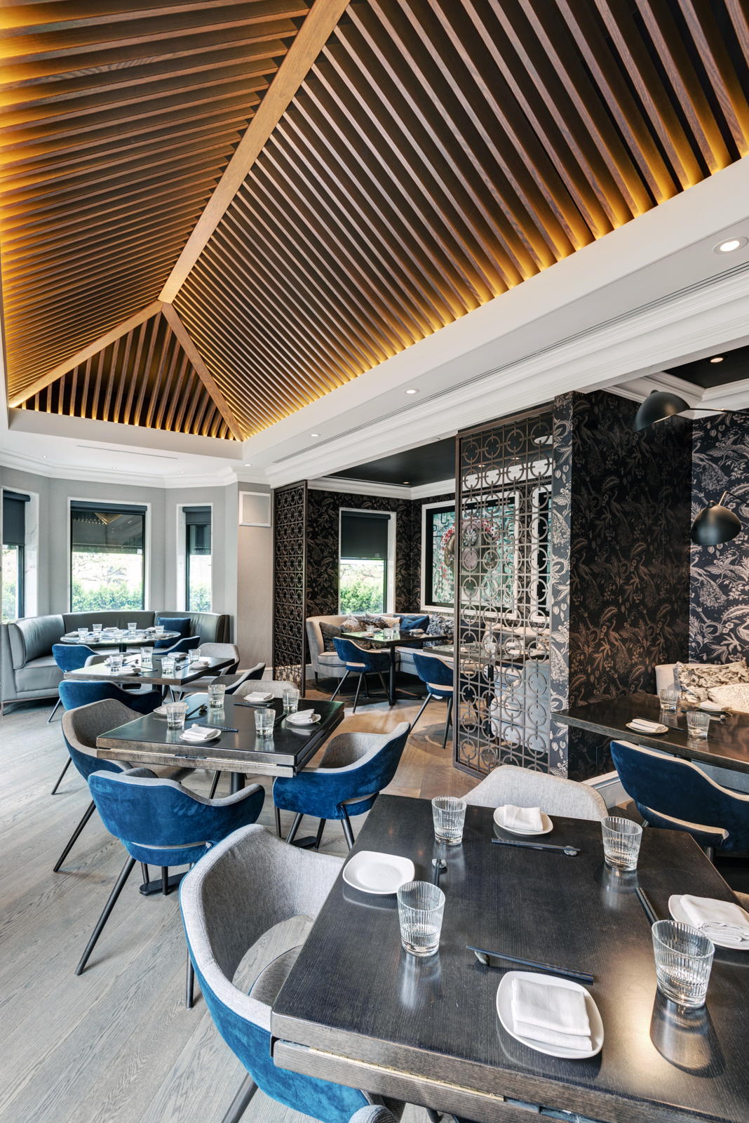 Kasa Moto Restaurant Interior Design Ii By Iv Designii